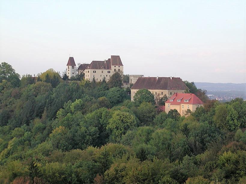Schloss-Seggau